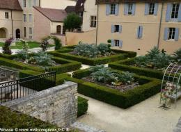 Jardin du Musée de la Faïence de Nevers
