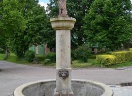 Fontaine Saint Pierre de Chaumard