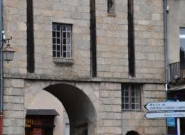 Porte Notre-Dame de Château-Chinon Nièvre Passion