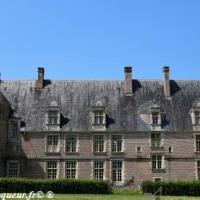 Château de Saint Amand en Puisaye
