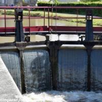 Écluse 14 de Châtillon en Bazois un ouvrage du Canal