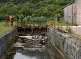 Écluse du Canal du Nivernais