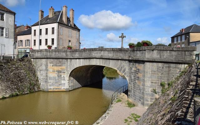 Pont du Canal de Châtillon en Bazois