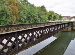Pont du canal du Nivernais de Clamecy