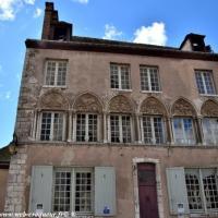 Maison Canoniale de Chartres