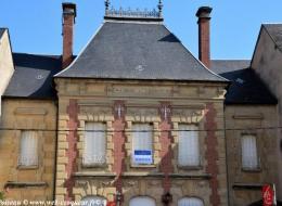 Caisse d'épargne de Moulins Engilbert