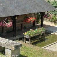 Le lavoir du centre d'Arthel