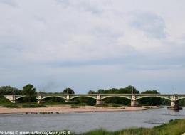 Le Pont de Chemin de Fer de Nevers