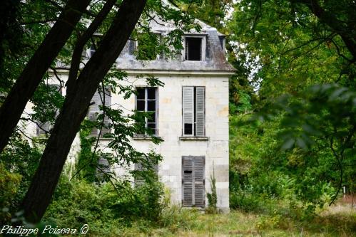 Château de Neuvy sur Loire Nièvre Passion