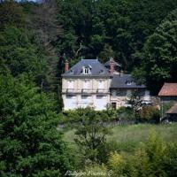 Château de Sauvigny les Bois un patrimoine