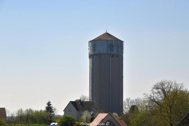 Château d'eau de Cercy la Tour