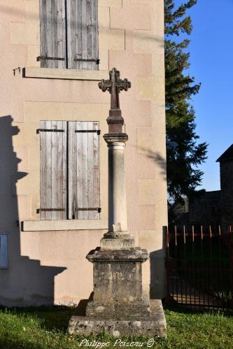 Croix de Cuncy Les Varzy