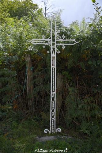 Croix de carrefour de Fâchin Nièvre Passion
