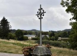 Croix de mission d' Ouroux