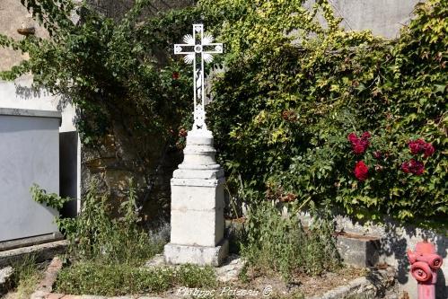 Croix de Trucy l'Orgueilleux Nièvre Passion