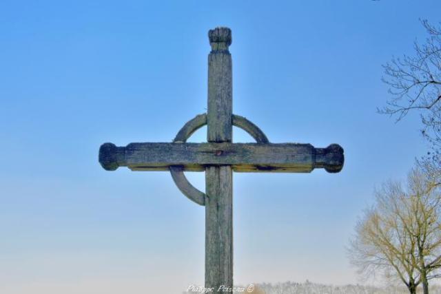 Croix du hameau de Ravisy