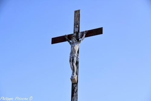 Crucifix de Latrault Nièvre Passion