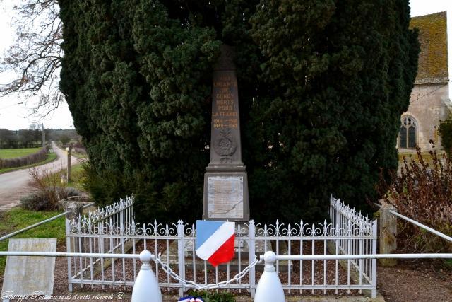 Monument aux morts de Cuncy les Varzy