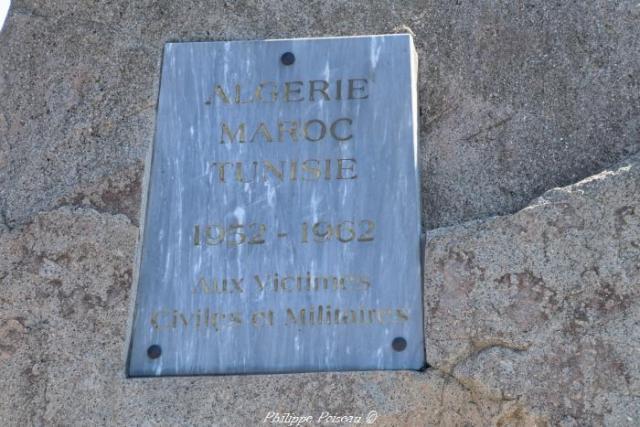 Stèle commémorative de Champlemy