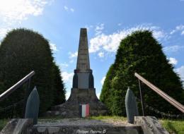 Monument aux morts de Metz le Comte