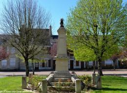 Monument aux morts de Saint Révérien