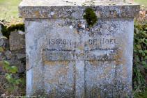 Stèle de Moussy Nièvre Passion