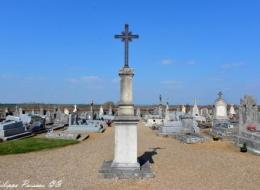 Calvaire du cimeterre de Suilly la Tour