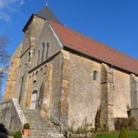 Église du Château de Saint Pierre du Mont remarquable