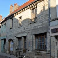 Hôtel de l'Écu à Varzy - Le bar de l'Écu