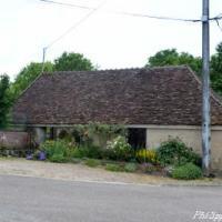 Lavoir du village de Cervenon - Patrimoine vernaculaire