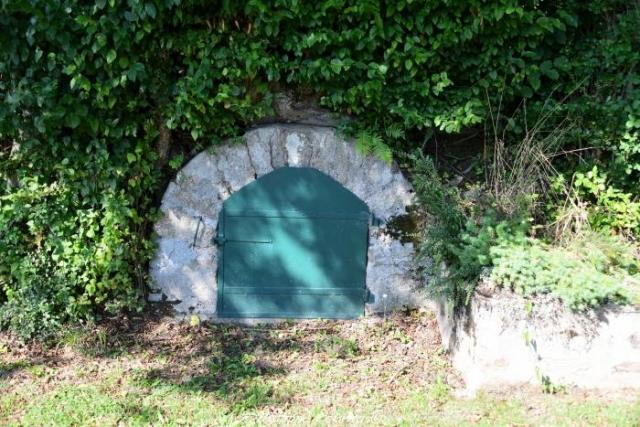 Le lavoir du village de Grandry