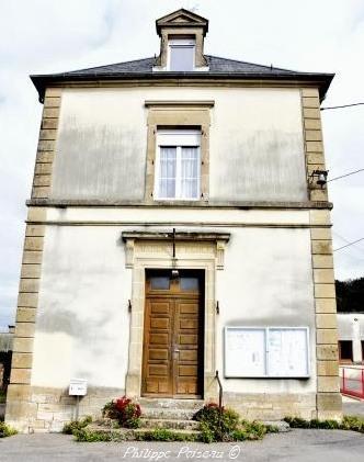 Mairie de la commune de Chatin