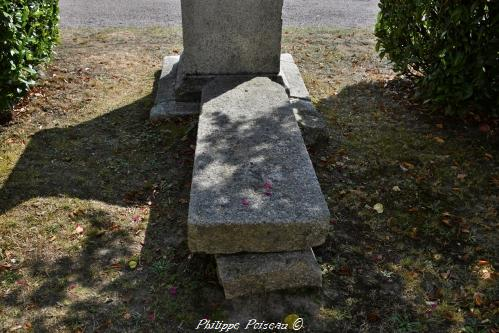 Pierre des morts de Gouloux