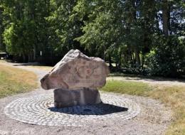 Place de l'Euro de Montreuillon Nièvre Passion