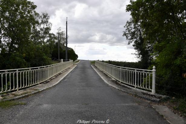 Pont de Saint Quentin sur Nohain