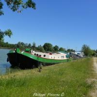 Port de Gimouille - Canal latéral à la Loire
