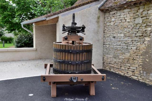 Pressoir de Suilly la Tour