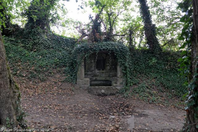 Fontaine Sainte Agathe de Corbigny