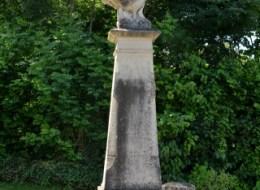 Monument aux morts d' Ourouër