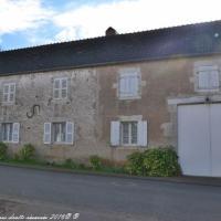 Ancienne maison du village de Rix - Presbytère de Rix