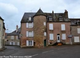Ancienne tour de Saint-Saulge