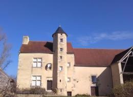 Le Vieux Château de Tâches