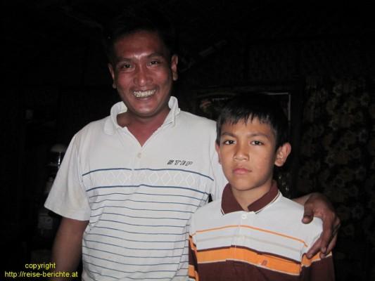 Ko LAy Aung und sein älterer Sohn Soe Moe Kyaw