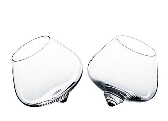copa-cognac-elegante-minimalista-4