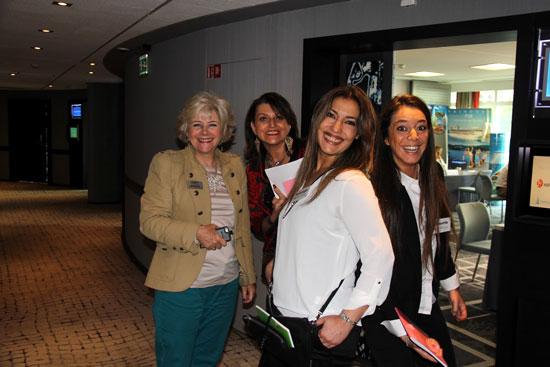 De gauche à droite : Véronique Ryon de Regent Seven Seas Cruises, vos conseillères Webcroisieres.com Isabelle, Solange et Mounia