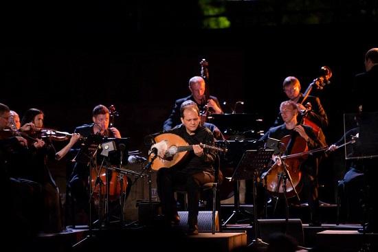 Anouar Brahem à l'ouverture du festival international de Carthage (crédit photo / FIC)
