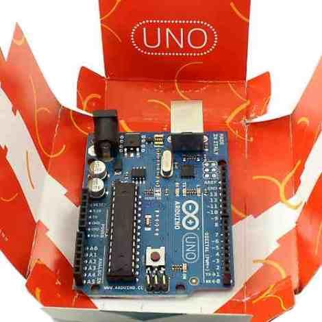Image arduino-uno-r3-cable-usb-atmega328p-16453-MLM20121625256_072014-O.jpg