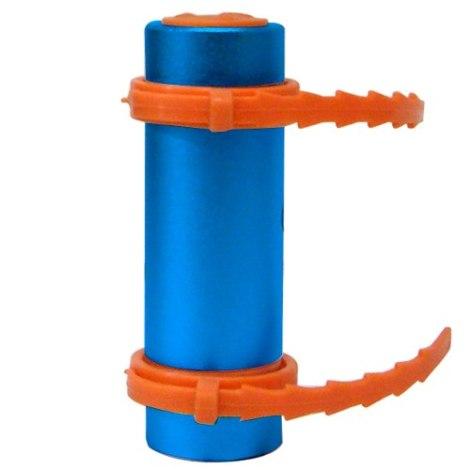Image mp3-sumergible-fm-8gb-10m-bajo-el-agua-30-min-plata-21251-MLM20206430705_122014-O.jpg