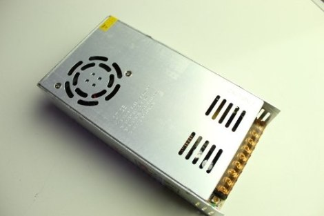 Eliminador Transformador Fuente Poder 24v 15a 360w Tiras Led en Web Electro