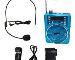 Megafono Portatil Usb Recarga Bluetooth Aux Radiofm Ct-777 A